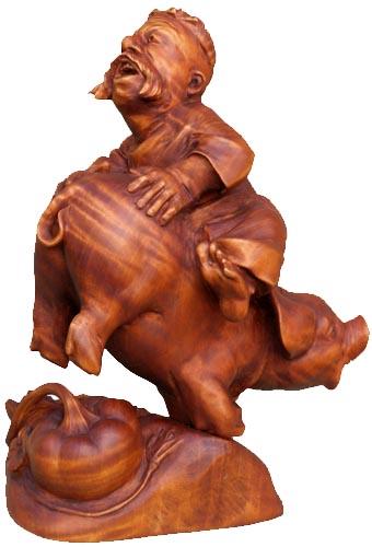 Удача 2007, деревянная скульптура, вид 1. Резьба по дереву. Сувенирная продукция. Бизнес сувенир. Оригинальный  подарок в традициях народных промыслов Украины. (46 КБ)