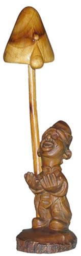 Гном, деревянная скульптура, вид 2. Резьба по дереву. Сувенирная продукция. Бизнес сувенир. Оригинальный  подарок в традициях народных промыслов Украины. (31.7 КБ)