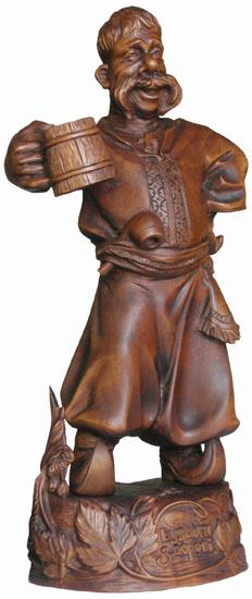 статуэтка Казак с кружкой, деревянная скульптура, вид 1. Резьба по дереву. Бизнес сувенир. Оригинальный  подарок в традициях народных промыслов Украины. Сувенирная продукция. (54,1 КБ)